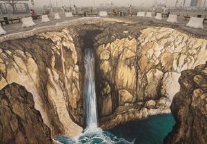 Знаменитый немецкий художник нарисовал в Москве 3D-водопад