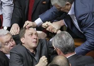 Депутат Доний выяснил, кто его бил в Раде, и обвинил следователя в бездеятельности