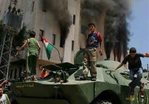 Россия предоставит Палестине полсотни бронетранспортеров