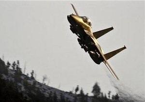 Неизвестный самолет слишком близко подлетел к борту Обамы. На перехват подняли F-15