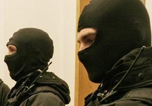 В Запорожье спецподразделения милиции оцепили территорию  Днепроспецстали
