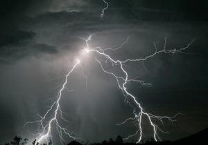 Погода в Украине - погода в Киеве: Гидрометцентр: Сегодня по всей Украине прогнозируются дожди с грозами