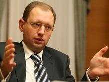 Яценюк: В Украине нет угрозы притеснения русского языка