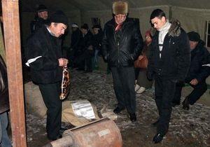 В Донецке 50 чернобыльцев остались ночевать под Пенсионным фондом