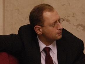 Яценюк считает, что у Фирташа есть шансы выиграть дело против Тимошенко