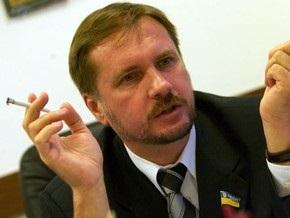 Чорновил разрешит эксгумацию тела отца после выборов