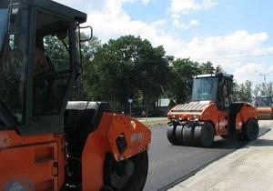 СМИ: Под Киевом началась реконструкция трассы, по которой Янукович ездит на работу