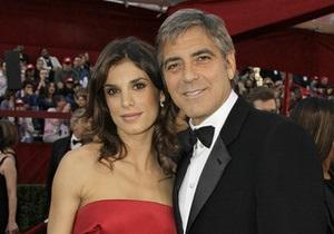 Клуни и его итальянская подруга сообщили о разрыве