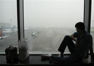 Аэропорт Домодедово обесточен, пассажиров просят покинуть здание (обновлено)