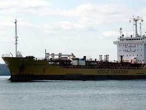Сомалийские пираты захватили очередной танкер