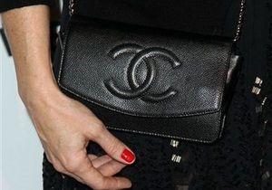 В Италии студентка получила пять тысяч евро за возвращенную туристке сумку