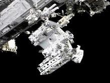 Астронавты шаттла Endeavour вышли в открытый космос