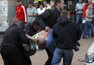 Фотогалерея: Связанные одной сетью. Массовые задержания белорусов во время праздничного парада