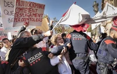 В Каталонии штурмовали парламент