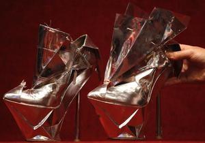 Туфли Lady GaGa ушли с молотка за 8 тысяч евро