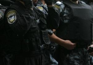СМИ: В Киевской области Беркут избил кандидата в депутаты