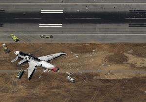 Авиакатастрофа в Сан-Франциско: В аэропорту, где потерпел крушение Boeing 777, была отключена система навигации Glide Path