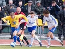 Российская Премьер-лига: Зенит теряет очки во Владивостоке