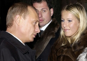 Собчак: Развод - инициатива Людмилы Путиной