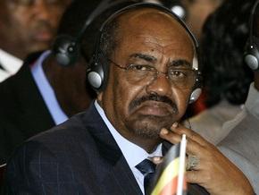 Президент Судана отменил визит в Турцию из-за угрозы ареста