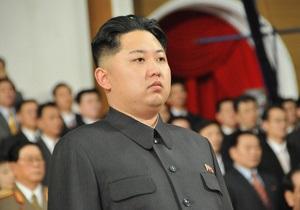 Ким Чен Ун официально назначен верховным главнокомандующим армией КНДР
