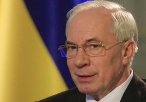 Азаров уверен, что его решения для Украины важнее, чем язык, на котором он разговаривает