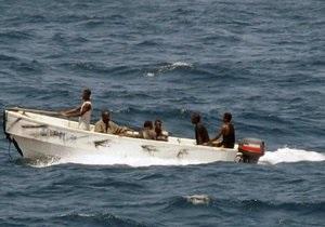 Украина будет помогать НАТО в борьбе против пиратов с 2013 года