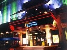 В Киеве на месте кинотеатра Украина построят торгово-офисный комплекс