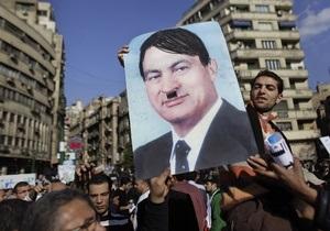 Египетские демонстранты не хотят ждать окончания полномочий Мубарака