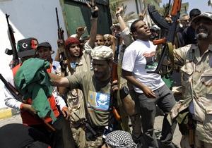 Временный лидер Ливии предъявил силам Каддафи ультиматум