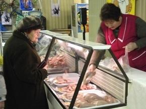 Опрос: Более половины обеспеченных украинцев ждут ухудшения экономической ситуации