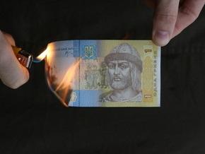 Корреспондент: Что происходит с долларом в Украине?