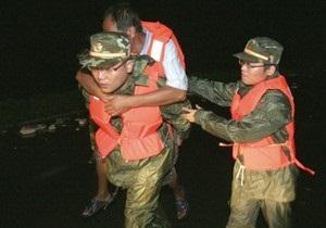 Почти 100 тысяч человек эвакуировали в Китае из-за наводнений