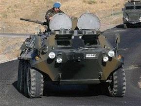 В Азербайджане автобус столкнулся с танком