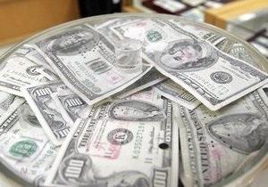 Курс доллара на межбанке замер