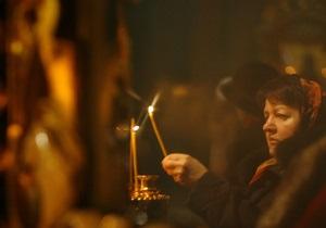 Пасха 2013 - новости Украины: Ночью порядок в храмах Украины охраняли 30 тысяч правоохранителей