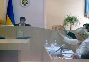 В Киеве возобновилось рассмотрение дела Тимошенко: в суд прибыла тетя экс-премьера