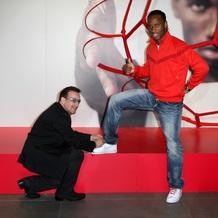 Nike и (RED) объединяются, чтобы использовать спортивный потенциал для борьбы с ВИЧ-инфекцией и СПИДом в Африке