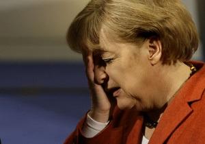 Опрос: Рейтинг коалиции Меркель упал  до  исторического минимума