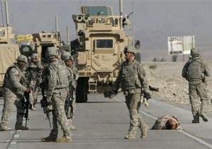 Американские солдаты расстреляли автобус с мирными жителями в Афганистане