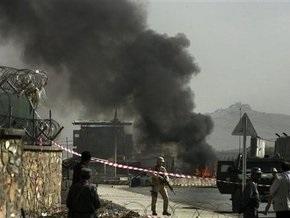Жертвами теракта возле международного аэропорта Кабула стали два человека
