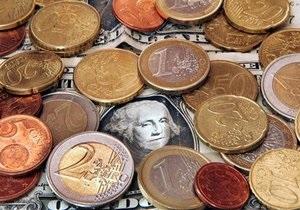 Россияне потеряли интерес к курсам доллара и евро - исследование