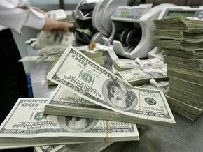 Доллар в мире падает по отношению к евро и фунту