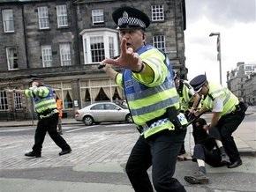 В Британии запретили фотографировать полицейских