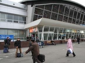Гражданка США пыталась незаконно вывезти из Украины 12-летнюю девочку