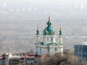 Андреевская церковь трещит по швам из-за новостроек
