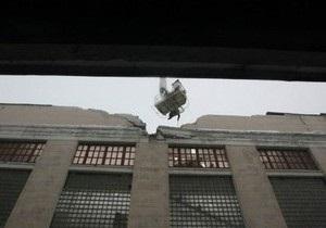 Ночью обрушилась крыша завода Большевик