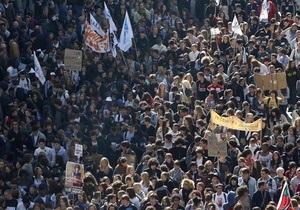 Французские профсоюзы заявили, что на забастовку вышли 3,5 млн человек