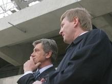 Источник: Ющенко и Ахметов общались до трех ночи