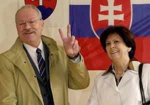 Президент Словакии не поддержал бойкот саммита в Крыму